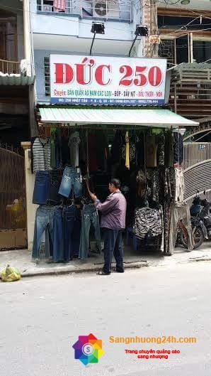 Sang nhanh shop quần áo nam các loại mặt tiền đường Nhật Tảo, quận 10.