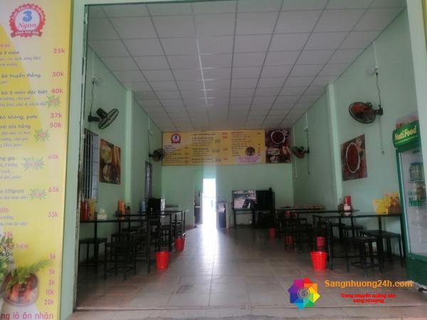 Sang nhượng quán bò né 3 ngon và bánh mì que Đà Nẵng mới mở được gần 2 tháng.